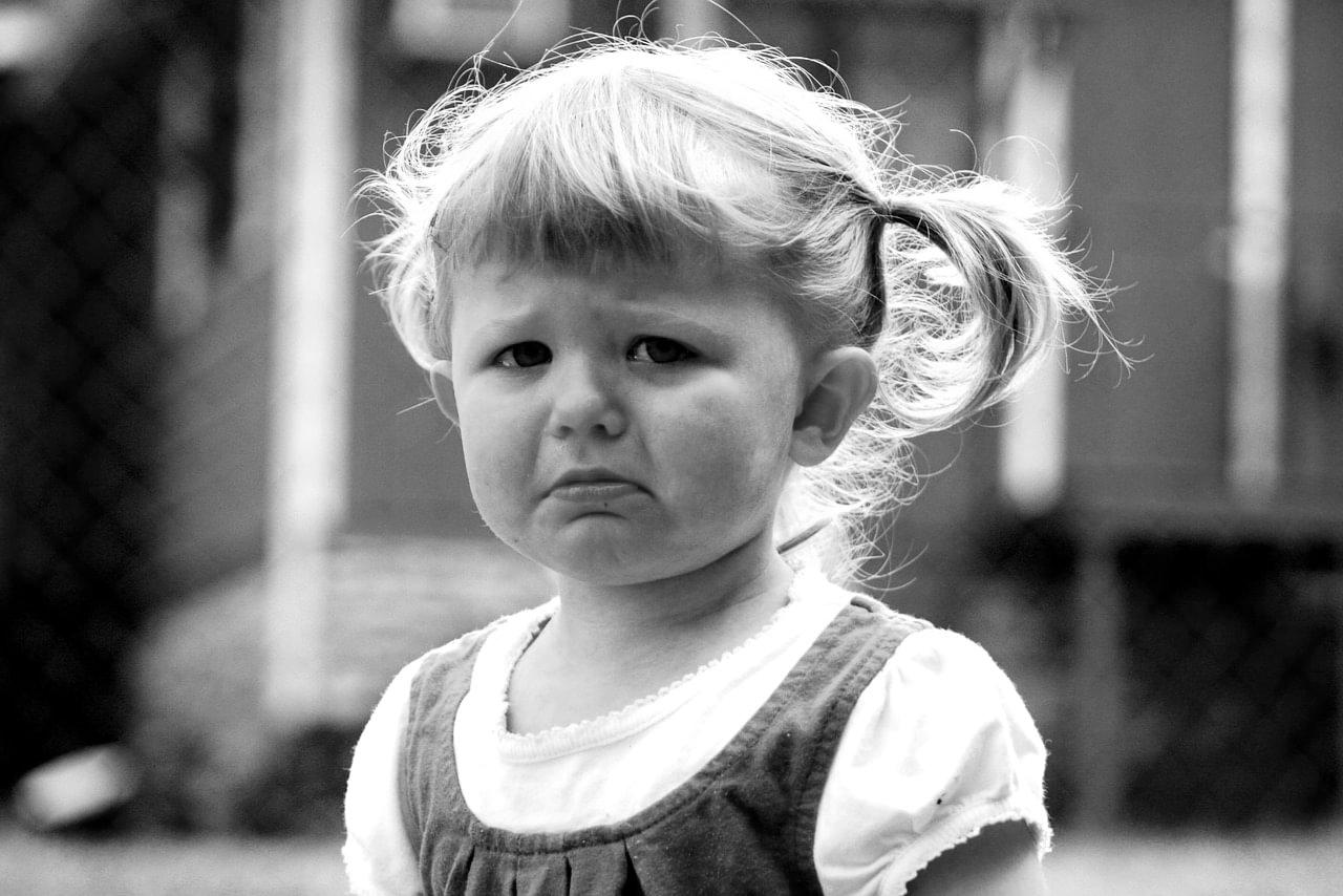 Psico Ayuda Infantil - ¿Cómo actuar cuando nuestro hijo tiene una rabieta?