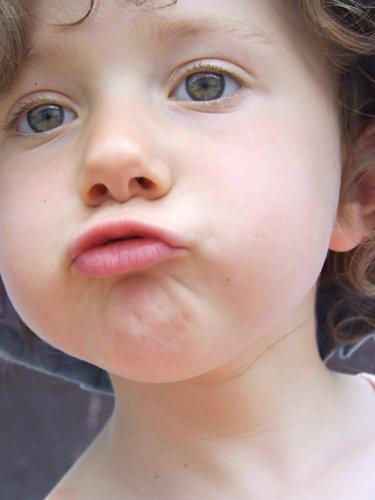 Psico Ayuda Infantil - Disartria: qué es, tipos, causas e intervención